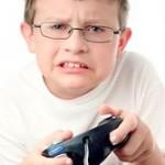چگونه از کودک علاقهمند به بازی های خشن محافظت کنیم؟