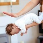 جلوگیری از خفگی کودک با کمک های اولیه