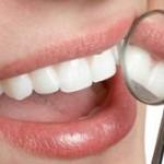 این خوراکی ها باعث تحلیل مینای دندان می شود!