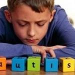 چه کسانی در معرض خطر اوتیسم قرار دارند؟