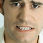 علت دندان قروچه چیست؟ و آیا درمان دارد؟