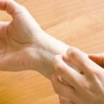 خارش دست خود را با این ۴مواد درمان کنید!