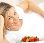 چه مواد غذایی را زنان باردار باید کمتر میل کنند!