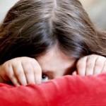 بیماری بازار هراسی یا گذرهراسی: علائم، درمان و پیشگیری