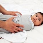 اثرات مثبت و منفی قنداق کردن بچه را بدانید!