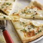 روش درست کردن پیتزا سیب زمینی و پنیر