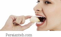 با این روشها با بوی بد سیر دهان را خنثی کنید!