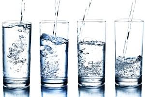 نوشیدن آب بیش از حد