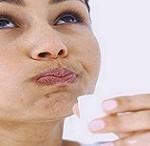 روغن کشی و چریش دو درمان طبیعی پوسیدگی دندان!