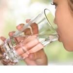 فواید درمانی آب آشامیدنی و چای