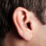 موی زائد روی گوش را جدی بگیرید