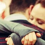 آموزش صحیح بغل کردن همسر