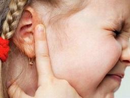 عفونت گوش میانی کودکان
