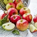 درمان خانگی دل پیچه با مصرف سیب