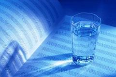 آب مانده از شب