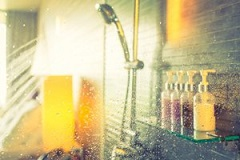 تفاوت بین دوش آب گرم و سرد