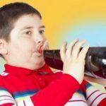 عوارض مصرف نوشابه برای کودکان