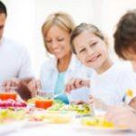 در مورد فواید شاد غذا خوردن