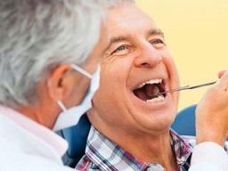مشکلات دندان در سالمندان