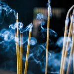 مضرات سوزاندن عود را می دانید؟