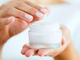 با مرطوب کننده های طبیعی پوست آشنا شوید