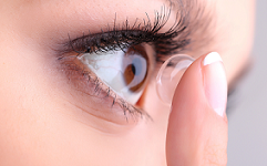 نگهداری از لنز چشم