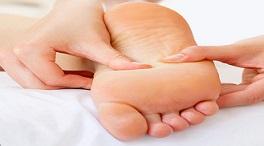 روش های خانگی درمان پوسته پوسته شدن کف پا