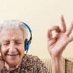 روش های روحیه دادن به سالمندان