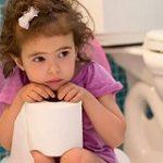 ۲ علت اصلی یبوست در کودکان