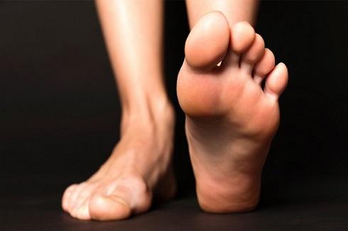 درمان گرفتگی انگشت پا