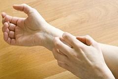خارش پوست نشانه چه نوع بیماری است؟
