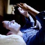 اشتباهات رایج که باعث بی خوابی شبانه می شود