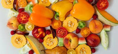 فواید میوه های نارنجی رنگ