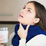 درمان خانگی گلودرد با غرغره های طبیعی